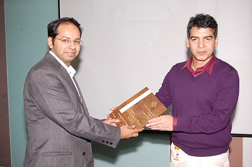 "Award for ""Master Author"" in Freescale(2010)"