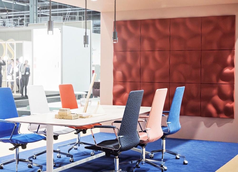 Wandabsorber Johanson Design «Pebble», Stoffbezug mit Gabriel Europost rot