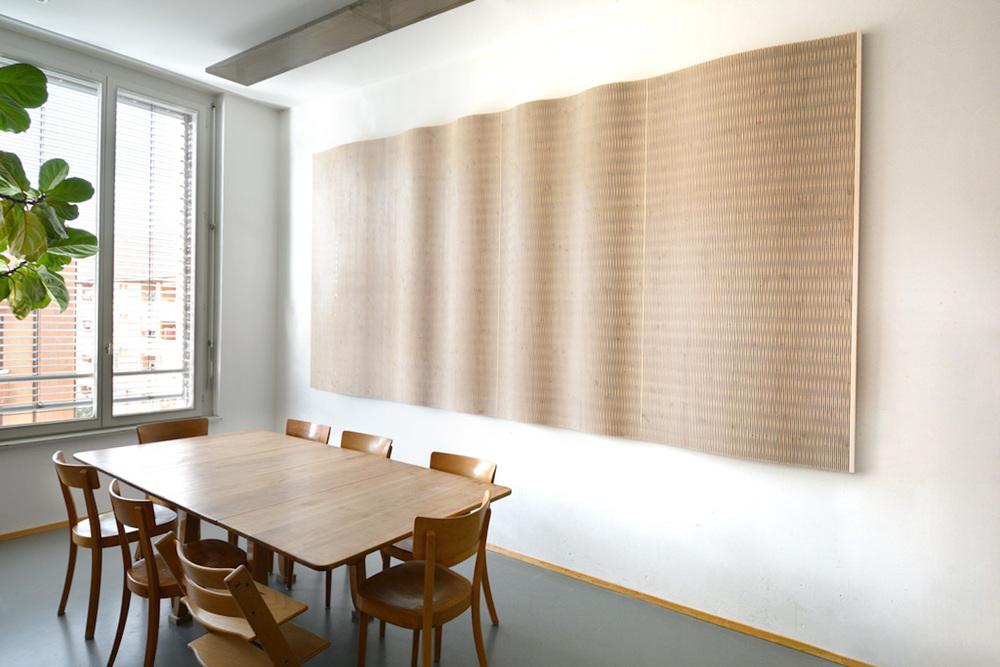 Raumakustik-Schallschutz-Flächensysteme-Dukta-Flexible-Wood-Holzverkleidung-1
