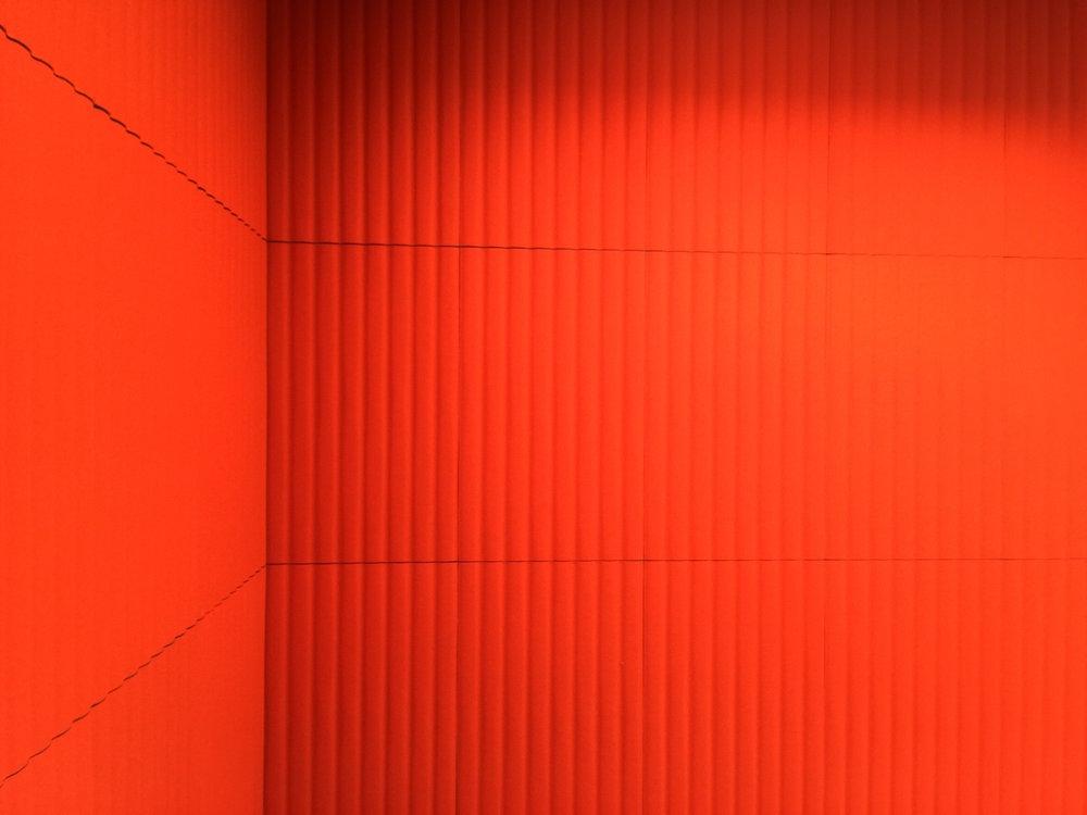 Raumakustik-Schallschutz-Design-Wandabsorber-Johanson-Beehive-Rectangular-Rib-Wall32.jpg