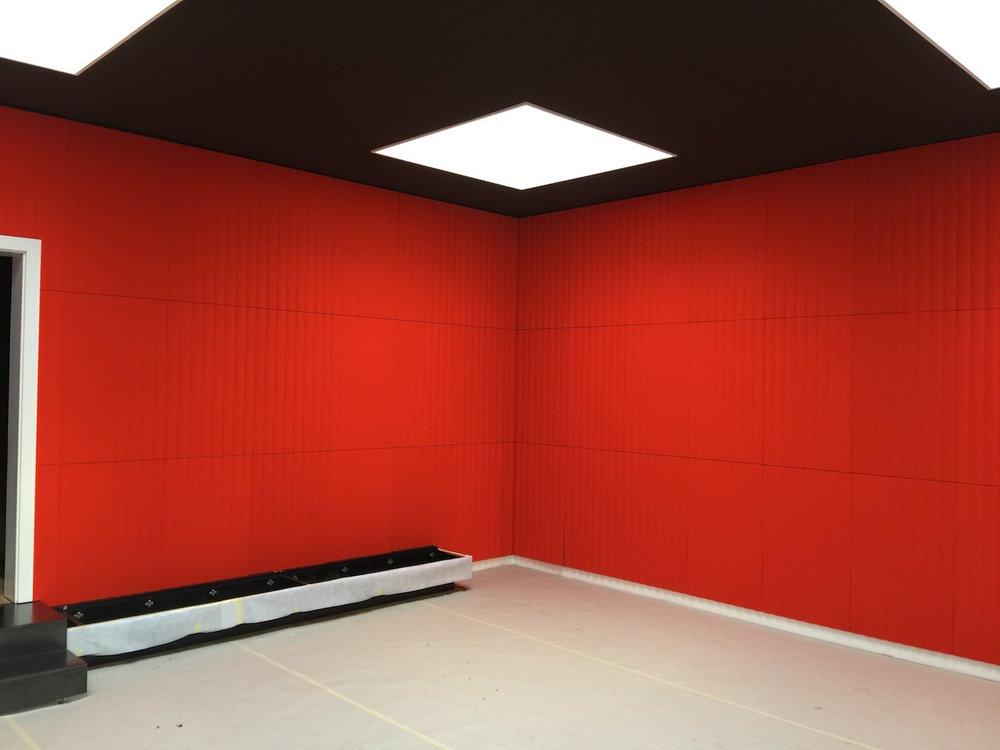 Raumakustik-Schallschutz-Design-Wandabsorber-Johanson-Beehive-Rectangular-Rib-Wall37.jpg