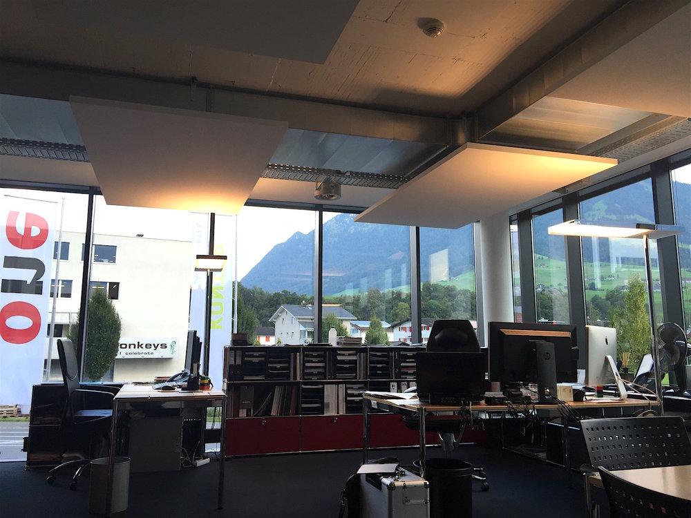 Ecophon Solo® Deckensegel | Für Top-Raumakustik im Chefbüro