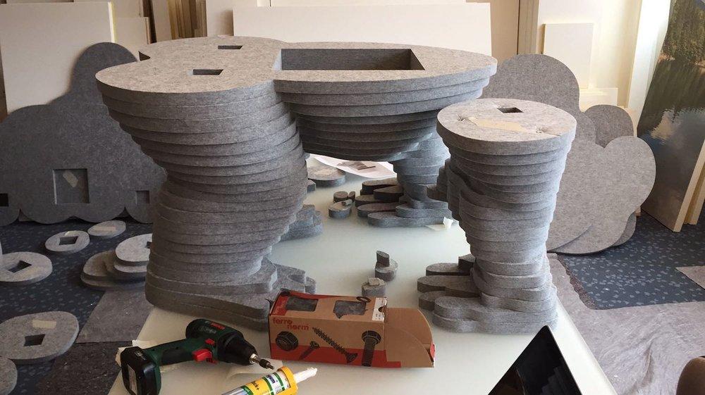 Der Akustik-Gorilla im Bau - 170 akustische Einzelteile werden zu einem Ganzen