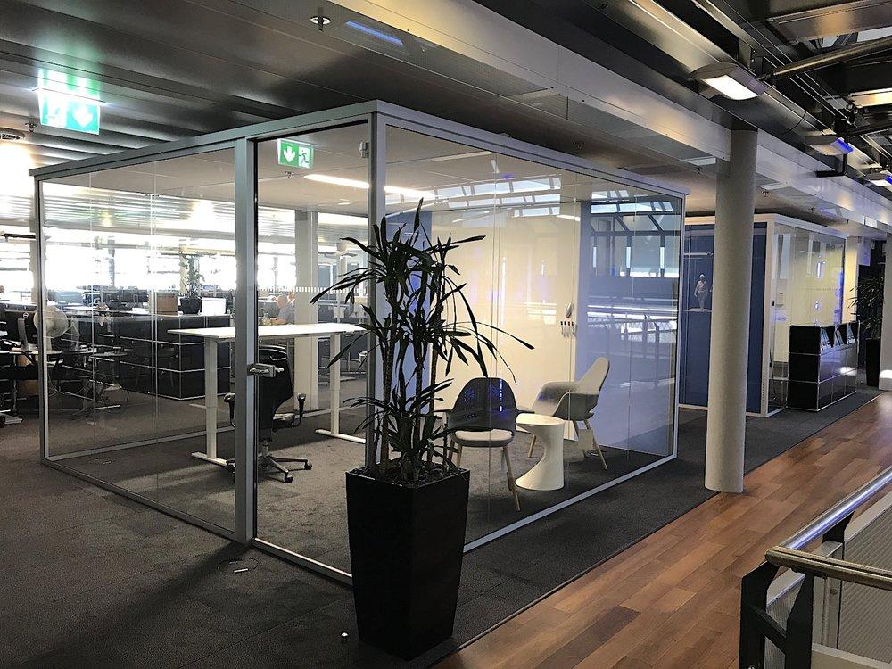 Cube Line Raum-in-Raum System der Bellton AG für die PartnersGroup