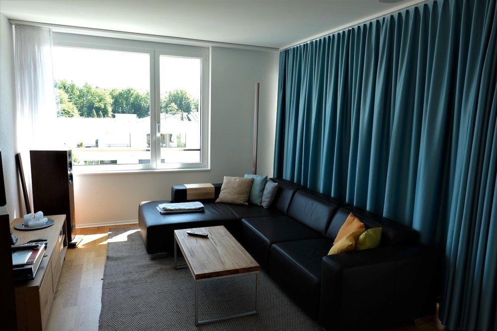 Akustikvorhang in einer Privatwohnung in Luzern