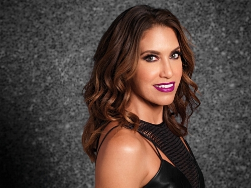 Wende Zomnir of Urban Decay