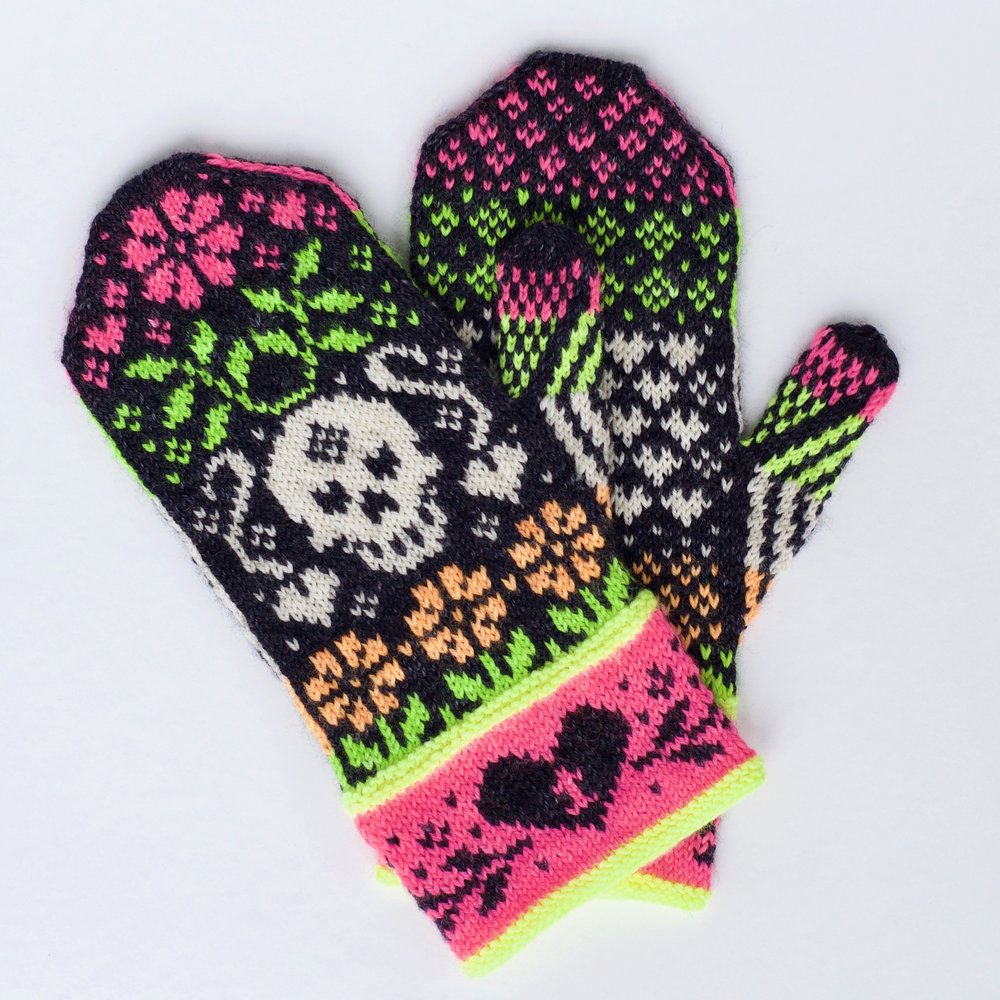 Day of the Dead Mittens