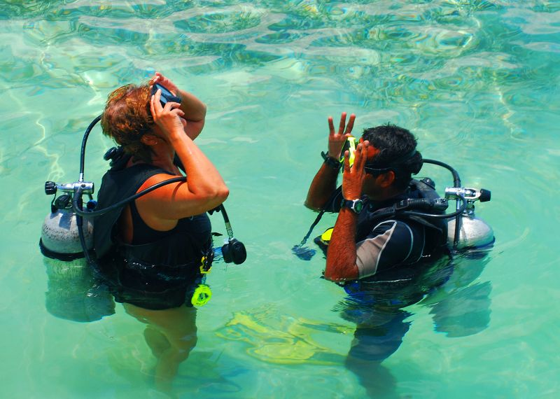 Scuba Diving instruction Belize