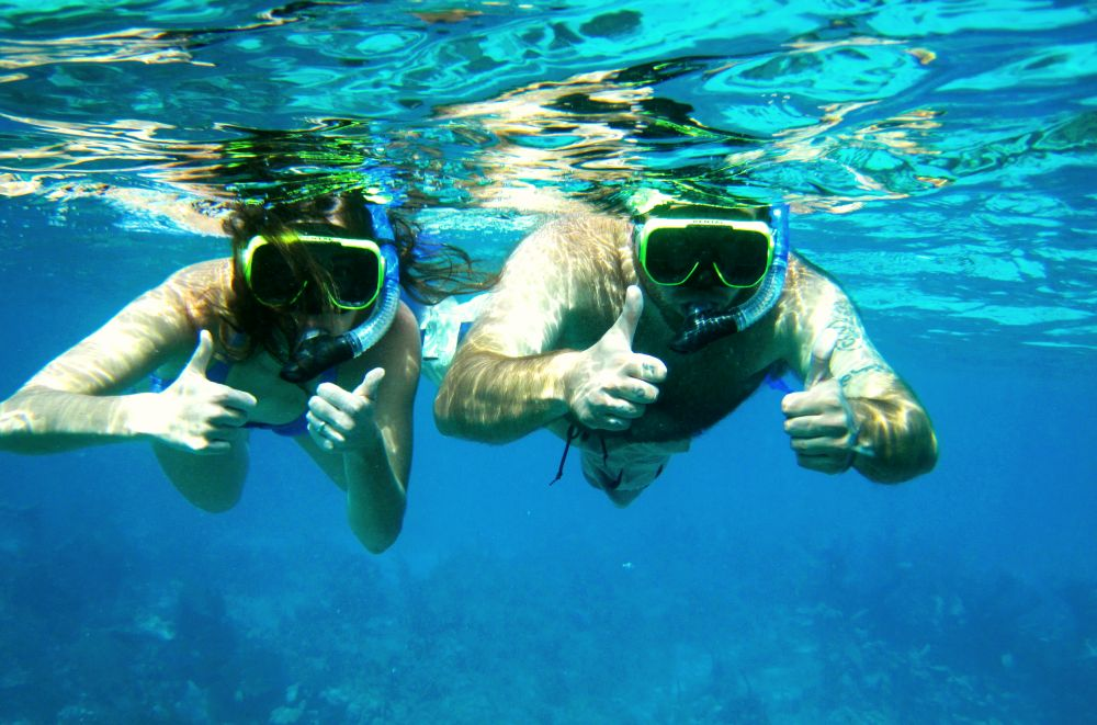 Belize snorkeling adventures