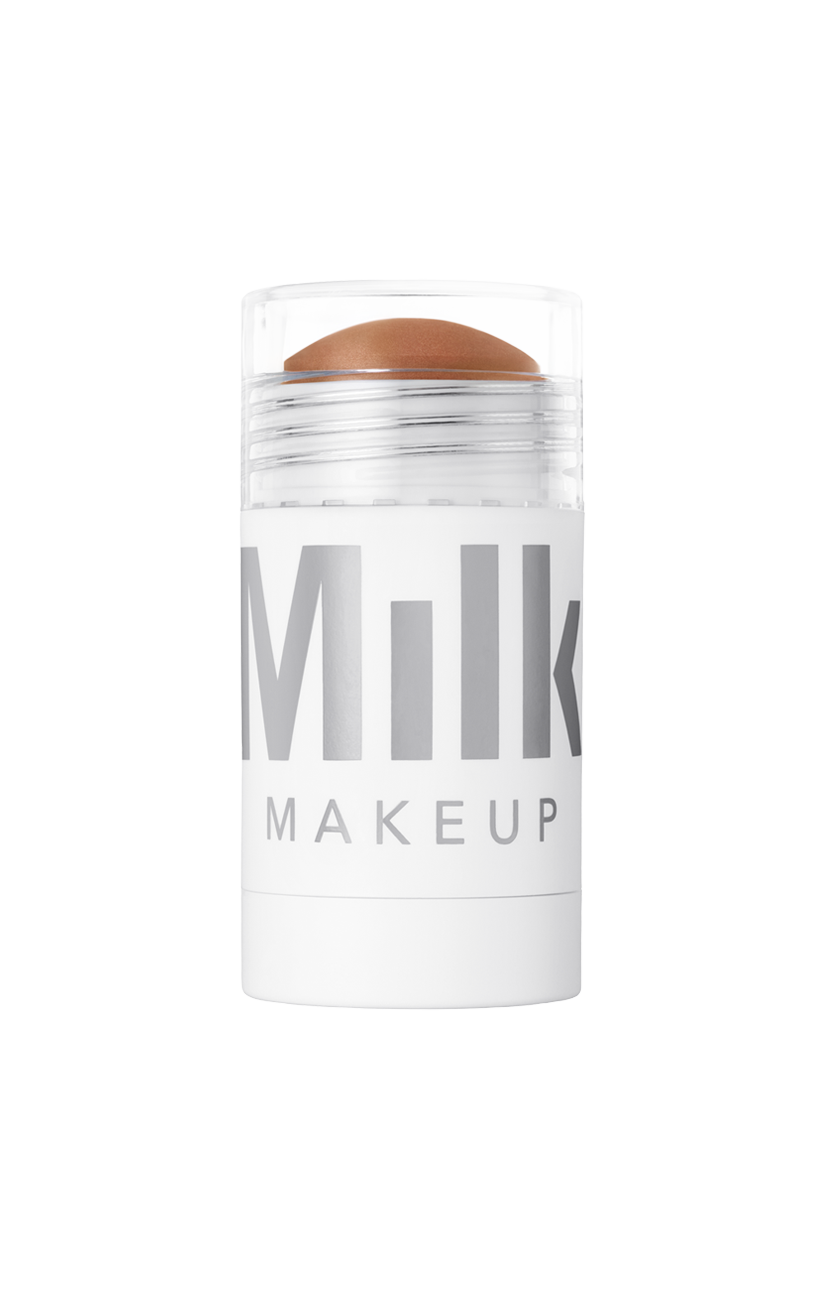 This is my go to! I use it to contour my cheeks, on my legs when I need a quick pick me up and even on my biceps to faux tone. Milk Makeup Baked