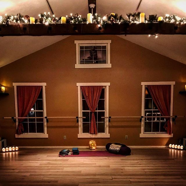 Happy Holidays from your neighborhood Studio! ♥️💚 remember to take time and fill your cup with self care goodness! YOU  are the best gift Santa could ever deliver! #selfcare #selflove #liverightyogabarre #oldwethersfield #liverightwellness #therapeuticmassage