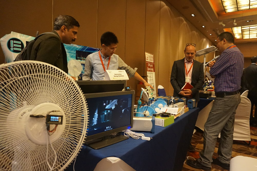 Representatives from Omnivoltaic showcased their off-grid fans at the 2016 Global LEAP Off-Grid Industry Networking Event in New Delhi, India.