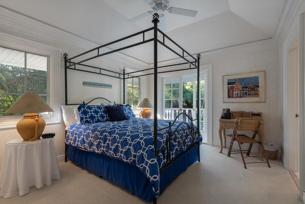 1060GolfRoad_Bedroom2.jpg