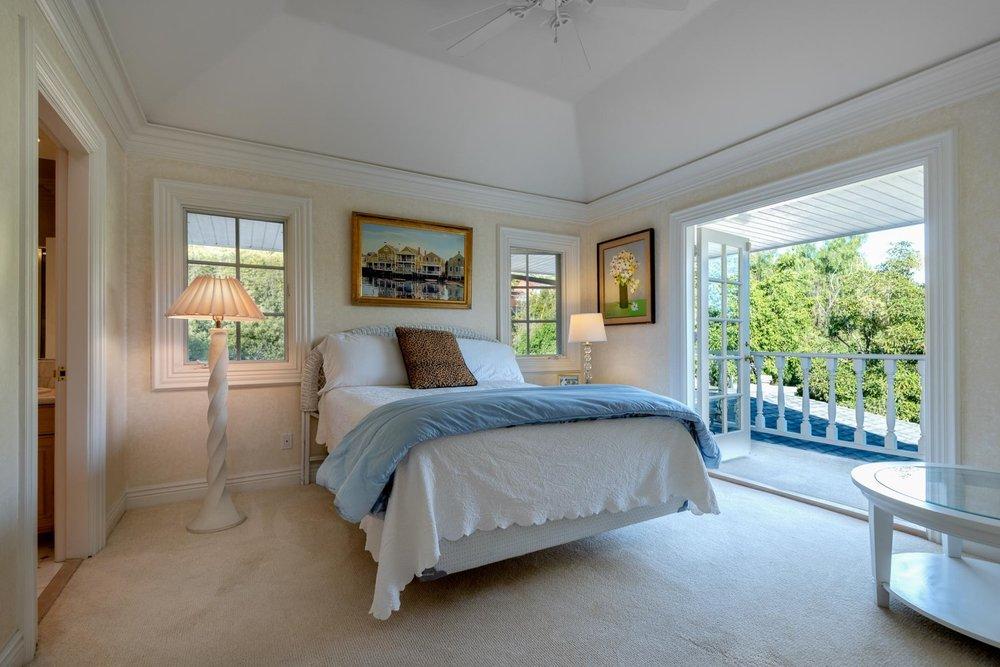 1060GolfRoad_Bedroom3.jpg