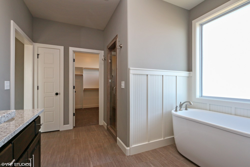 15_171SWRooseveltRidge_168_MasterBathroom_HiRes.jpg