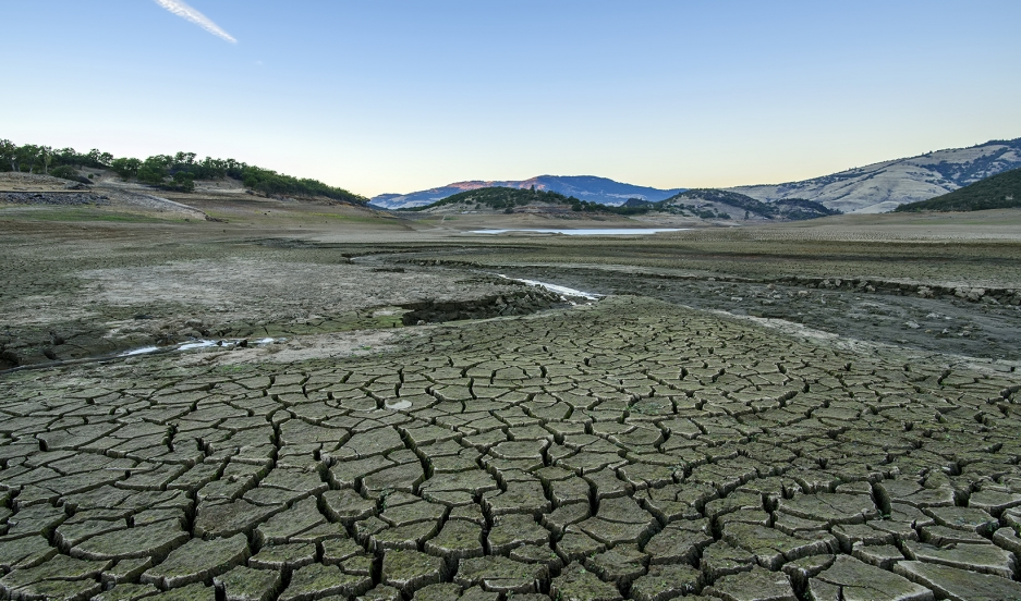 Oregon dry lakebed.jpg