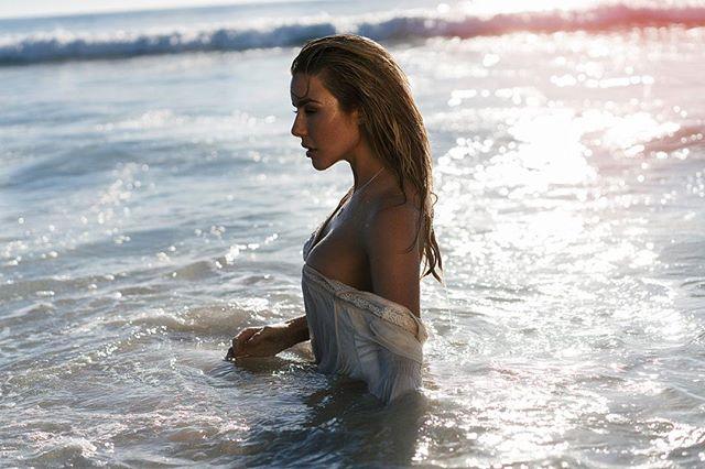 Holy Water....... #elitemodella #deep #slickback #bodywerk #styledbymyloveawlove