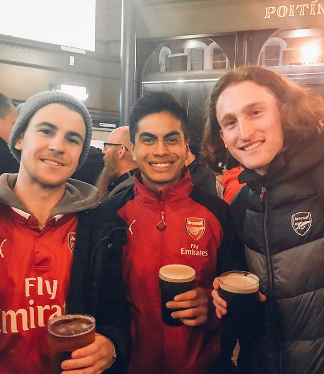 """One for the books with the lads ⚽️🔴 """"#sharksinlondon"""" - Kevin's mom 😂"""