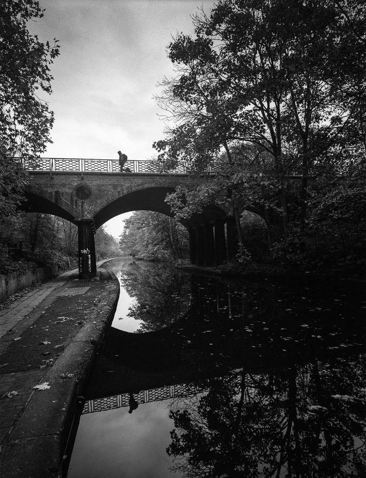 London, October 2014 - Mamiya 7 | 80 f/4 | Ilford HP5