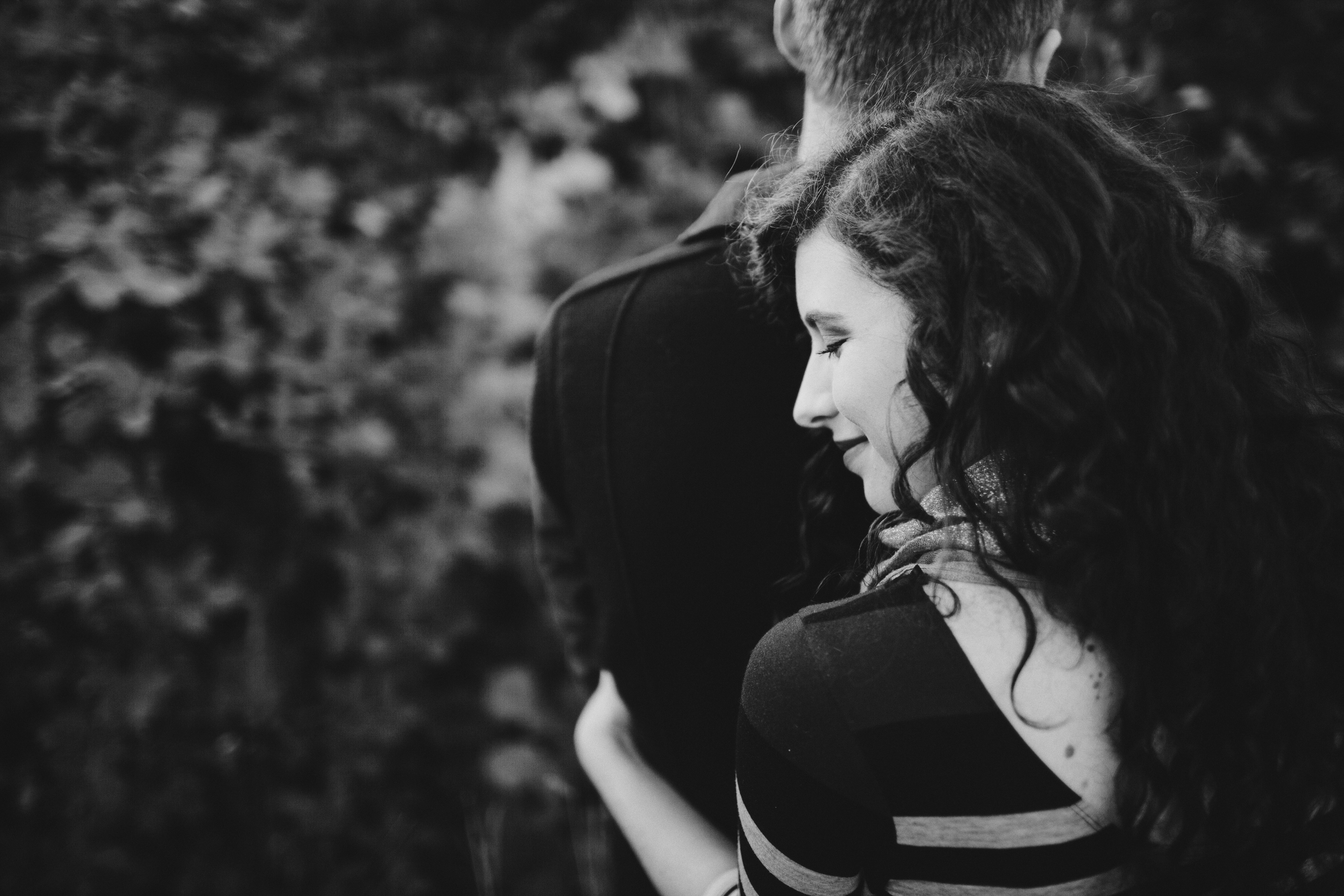beautiful_engagement_session_in_lewisville_by_sea_and_rhythm_photography_2