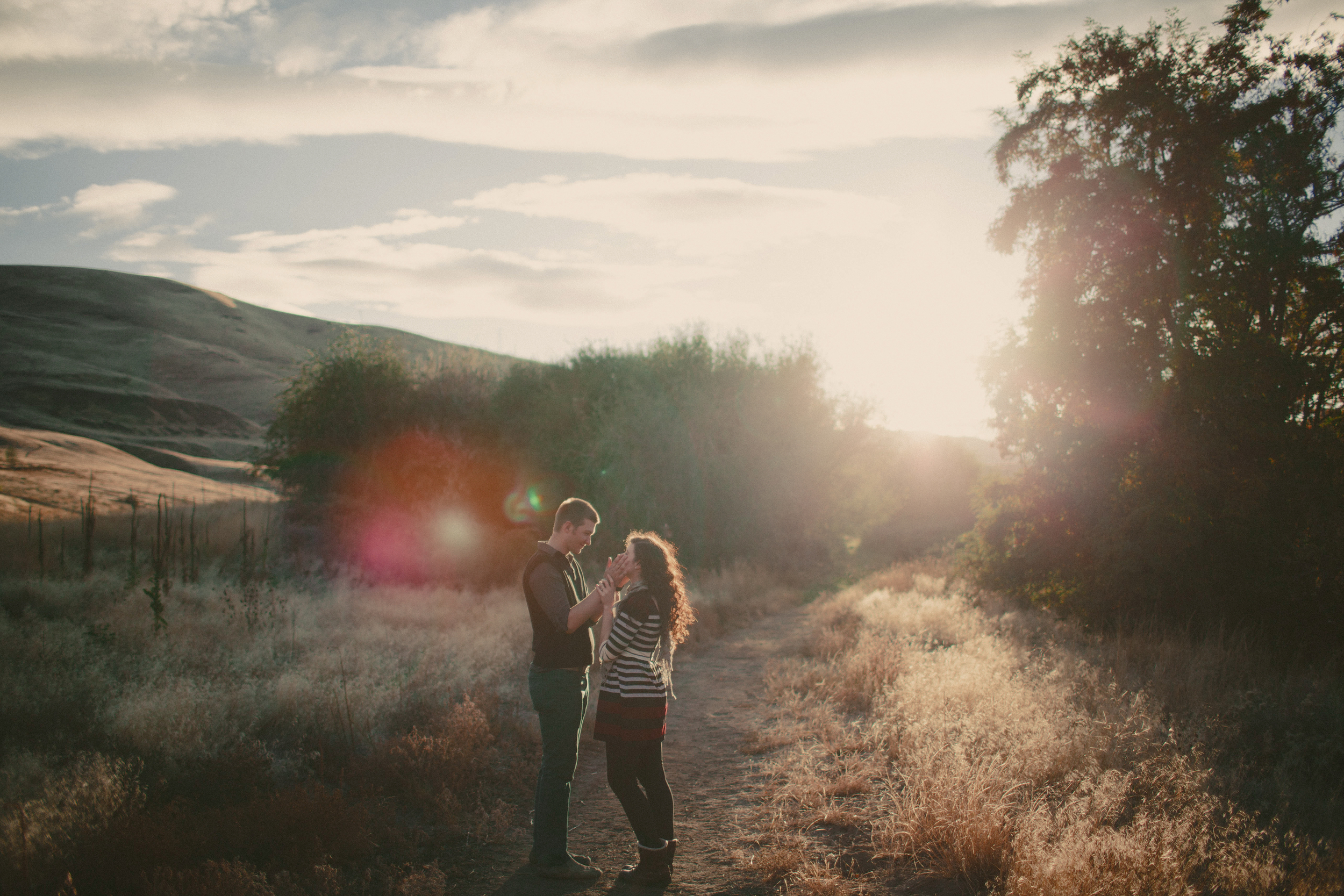 beautiful_engagement_session_in_lucas_by_sea_and_rhythm_photography