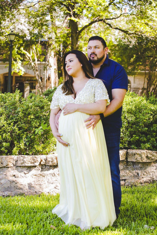 ATGI_Jesse & Dalila_Maternity Stills__71.jpg