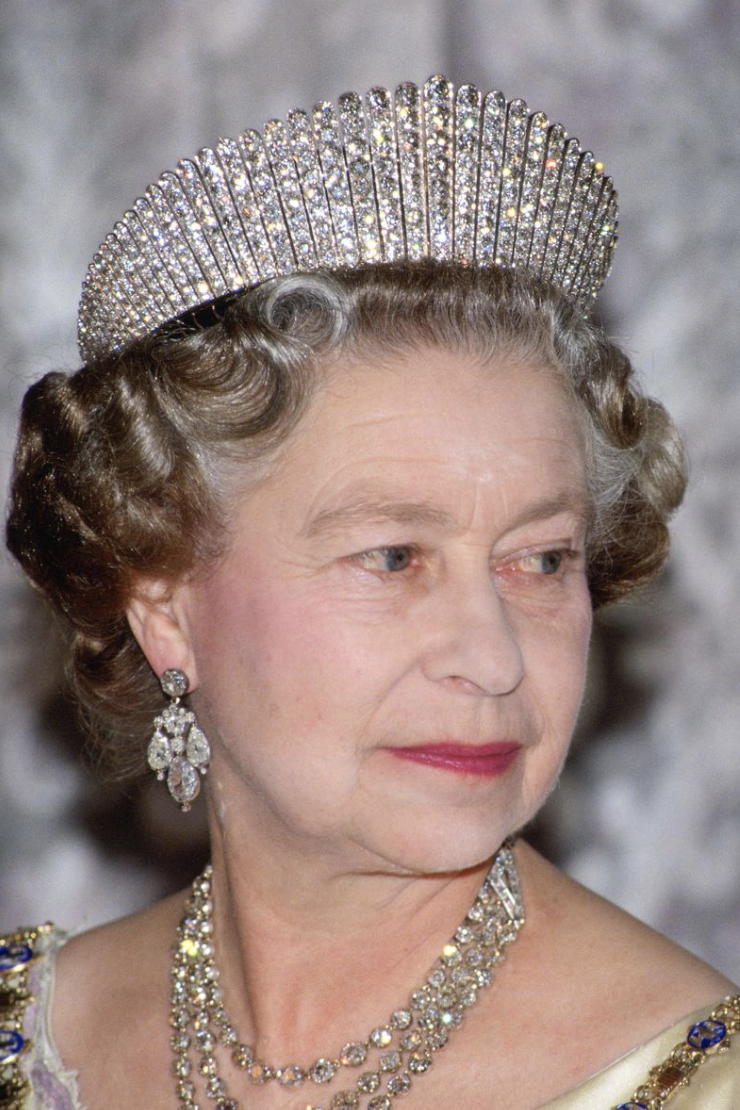 Fringe Tiara - In 1936, Queen Mary gave her fringe tiara to Queen Elizabeth, who wore it regularly during George VI's reign. Queen Elizabeth loaned the tiara to her daughter, Princess Elizabeth (now, of course, Queen Elizabeth II), to wear when she married Lieutenant Philip Mountbatten on November 20, 1947.