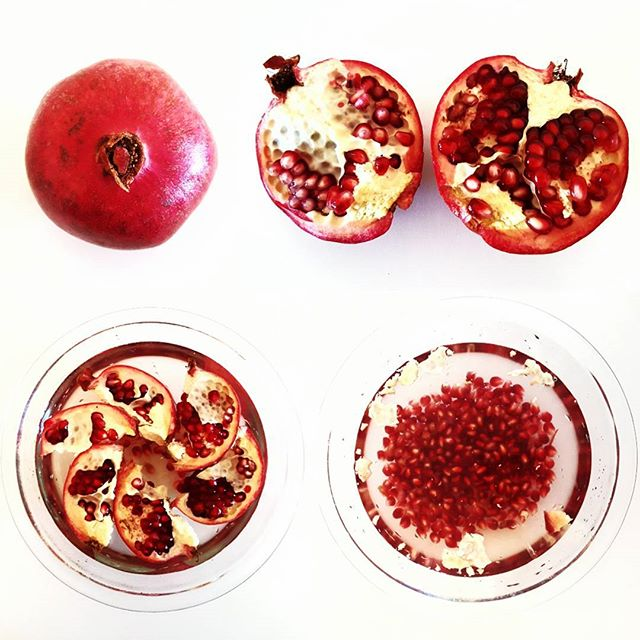 POM ❤️ It's actually REALLY easy to get the seeds out of a #pomegranate! Here are some tips on picking and popping! 💡PRODUCE 101: Look for fruit with bright, shiny skin and that feels heavy for its size. Avoid any with cracked, bruised or wrinkly skin. You can store them at room temperature for 2-3 weeks or in the refrigerator for up to a month. 🍴POPPING 101: Look at the fruit, flower side up and you'll see six ridges. Carefully score the skin with a paring knife. Don't go too deep or you'll hit the fruit. Peel the fruit in half, it should break apart easily. Then break apart into six segments into a bowl of water. POP the seeds out into the water. Watch out for flying seeds and juice! 😎 The seeds will sink to the bottom and any remaining white pith will float to the top. Drain and enjoy! We love adding the #seeds to #lemonade or as a crunchy #salad topping! ▽ ▽ ▽ #produce #produce101 #pomegranates #wonderful #wonderfulpomegranates #fruit #fruits #healthy #healthysnack #vegetarian #vegan #hawaii #luckywelivehawaii #yum #foodies #recipe #recipes #cooking #wholefoods #traderjoes #pomegranateseeds #pomwonderful