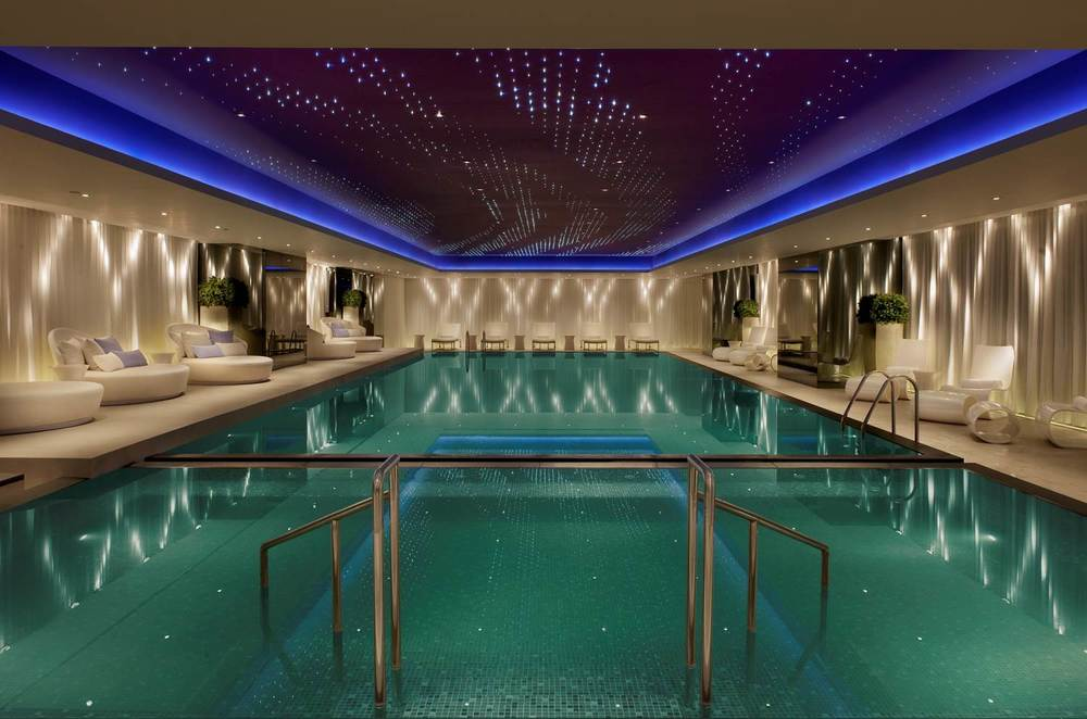 The best hotel pools gyms day pass in hong kong for Nicest swimming pools