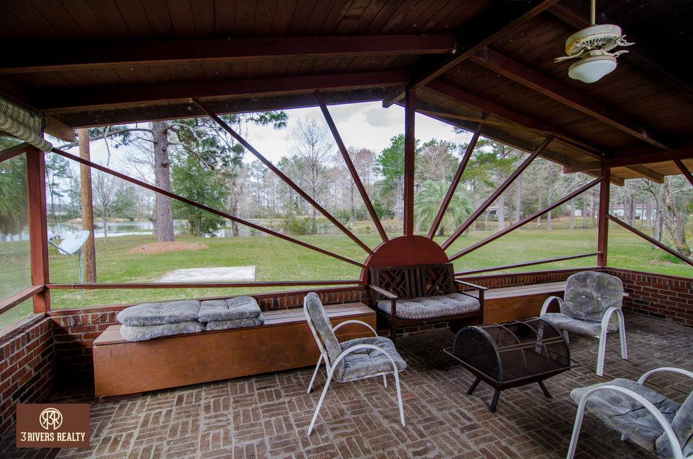 vaction home_ cottage living_georgia water front_Flint River_georgia real estate for sale_lake seminole_for sale.jpg