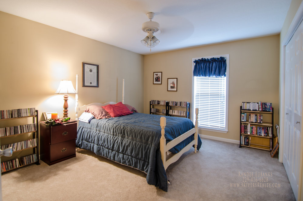 3rivers-realty,three-rivers-realty,bainbridge-georgia-for-sale,bainbridge-real-estate,realtors-in-bainbridge-georgia,randee-eubanks,bedroom2 (1).jpg