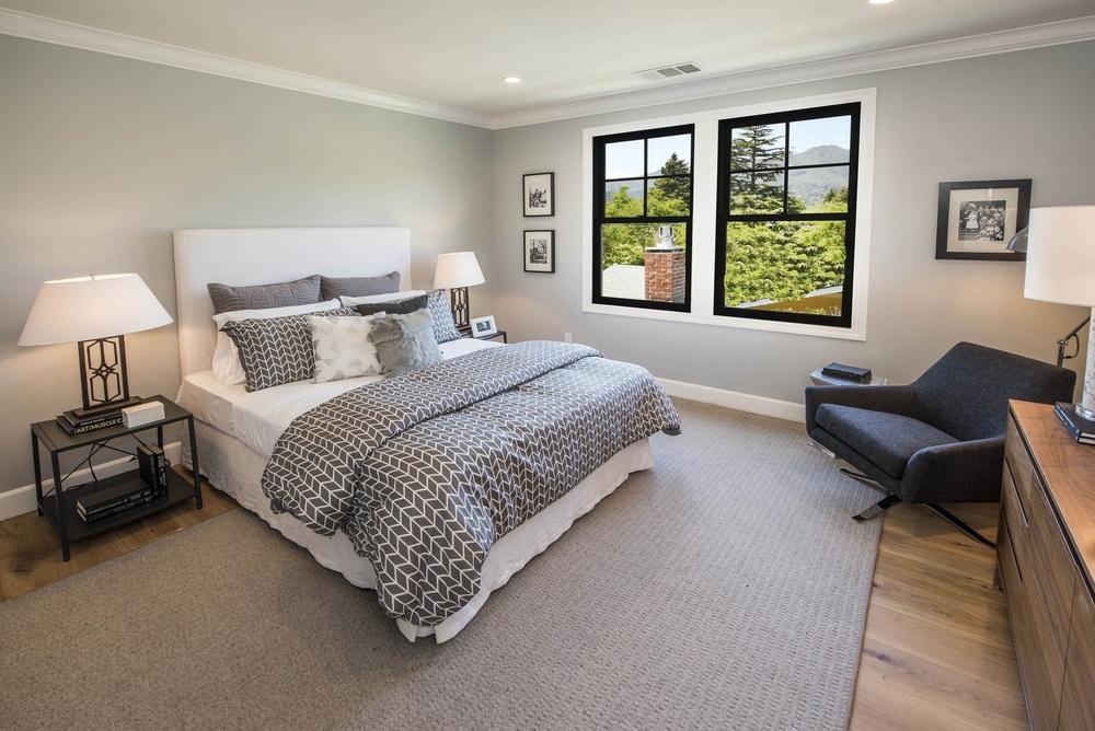 Bedroom DSC_4028.jpg
