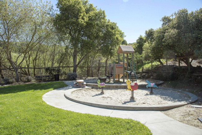 Playground DSC_6408.jpg