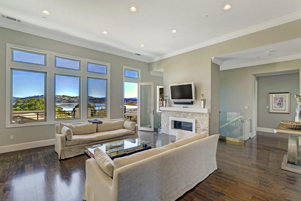 21 Drakes Cove Larkspur Best Realtor 08 MLS - Own Marin Pacific Union - Best Realtor in Marin County.jpg