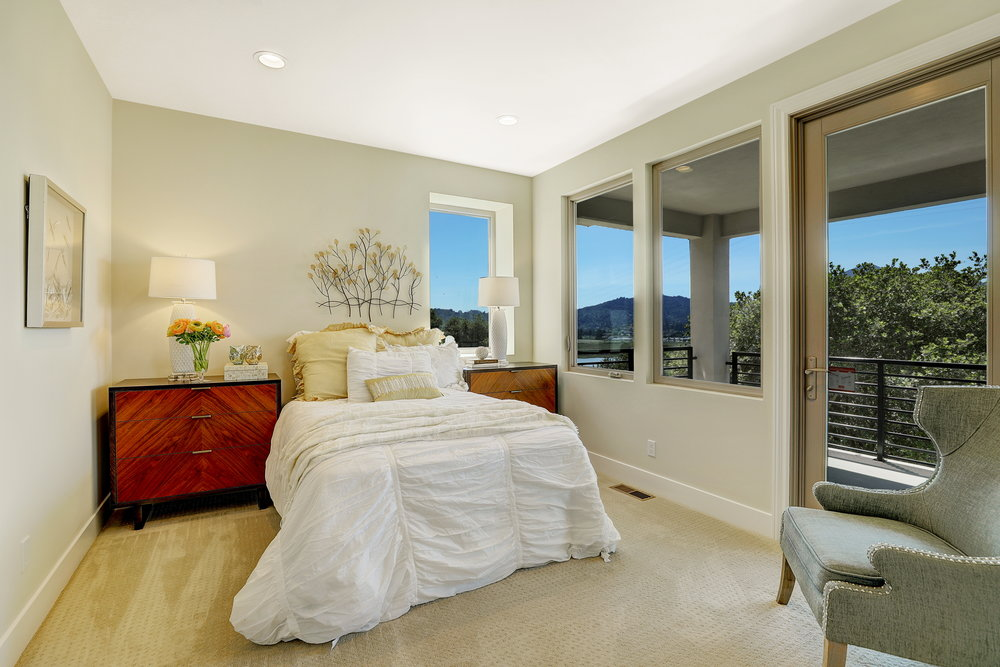 29 Drakes Cove Larkspur's Best Realtor 60 - Own Marin Pacific Union - Marin County's Top Realtor.jpg