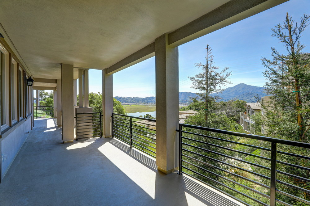 29 Drakes Cove Larkspur's Best Realtor 64 - Own Marin Pacific Union - Marin County's Top Realtor.jpg