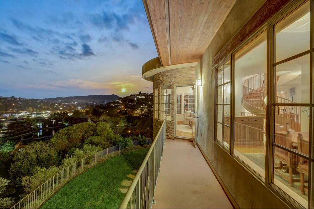 1864 Centro West, Tiburon's Best Realtor12 v3 - Own Marin with Compass - Marin County's Top Realtor.jpg
