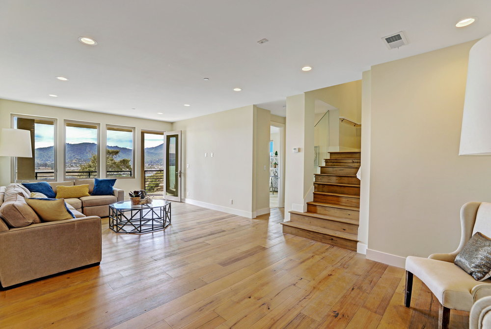 31 Drakes Cove, Larkspur Homes for Sale50 MLS - Own Marin with Compass - Mill Valley Realtor.jpg