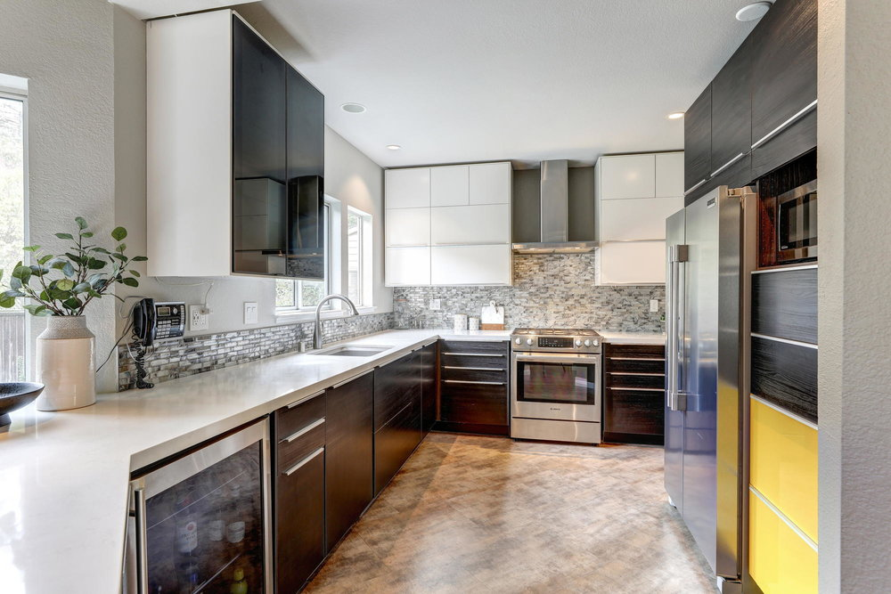 8 Parkview Circle, Corte Madera Real Estate 103- Allie Fornesi with Own Marin at Compass.jpg
