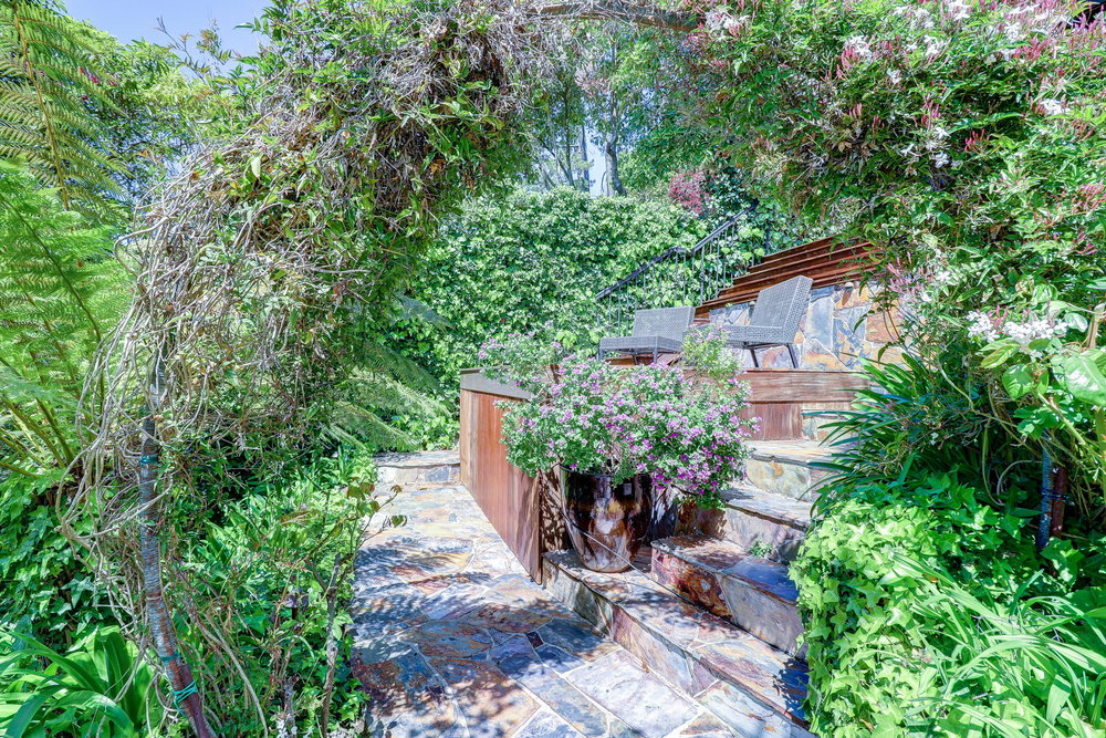 15 Elinor Ave, Homes for sale Mill Valley - 40- Listed by Team Own Marin with Compass Real Estate.jpg