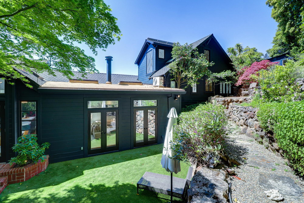 15 Elinor Ave, Homes for sale Mill Valley - 42- Listed by Team Own Marin with Compass Real Estate.jpg