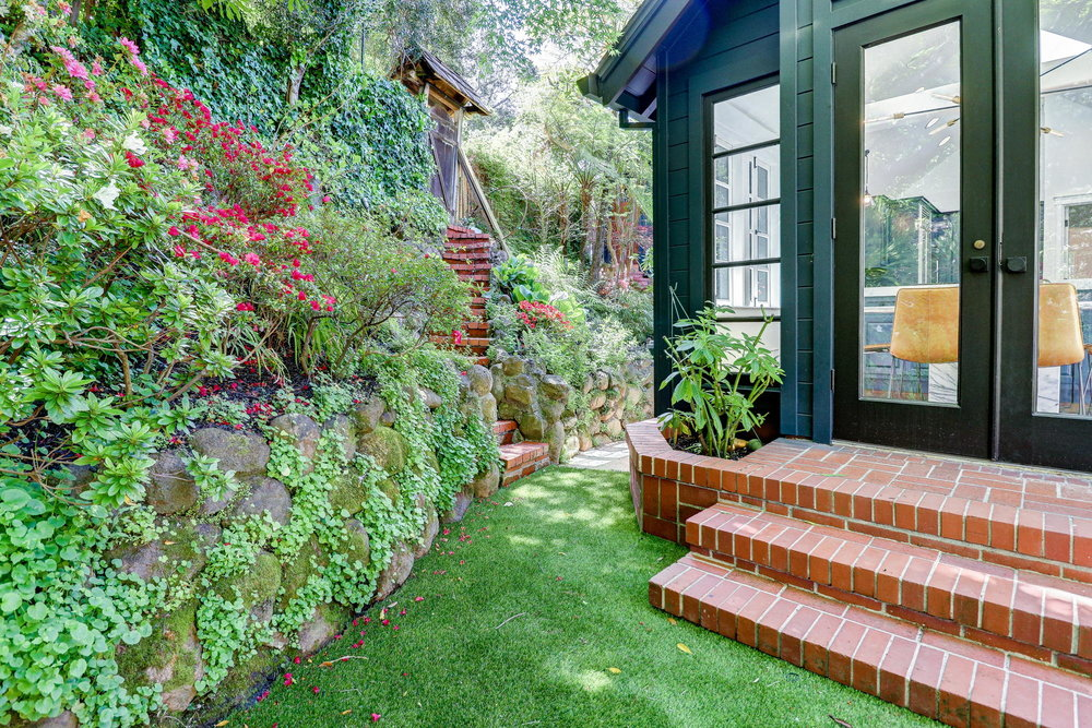 15 Elinor Ave, Homes for sale Mill Valley - 45- Listed by Team Own Marin with Compass Real Estate.jpg