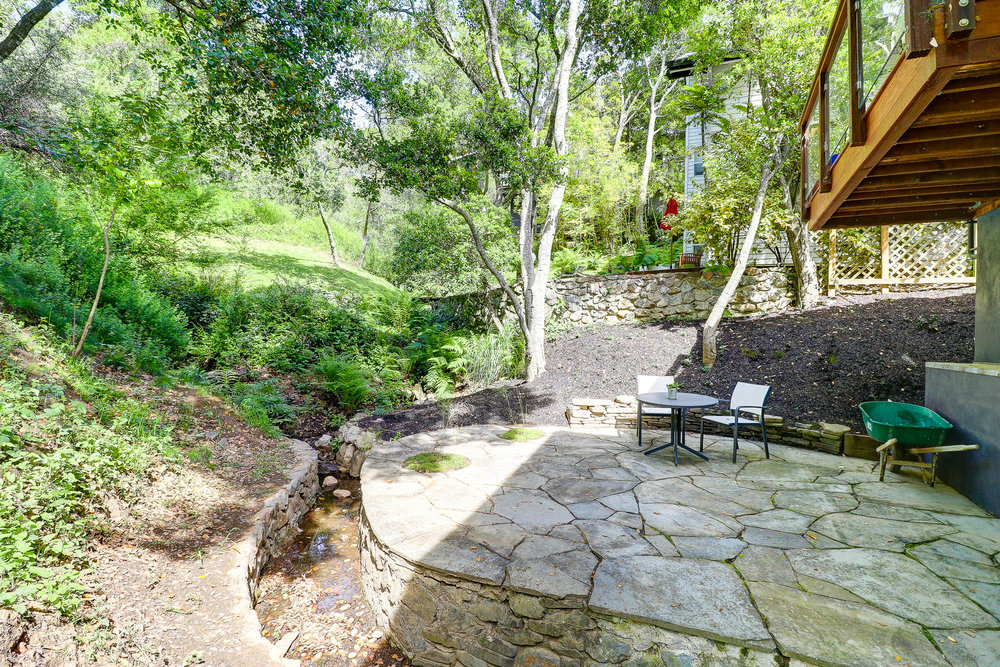 20 Fern Way, Mill Valley's Top Realtor - 18- Listed by Allie Fornesi - Own Marin with Compass Real Estate.jpg