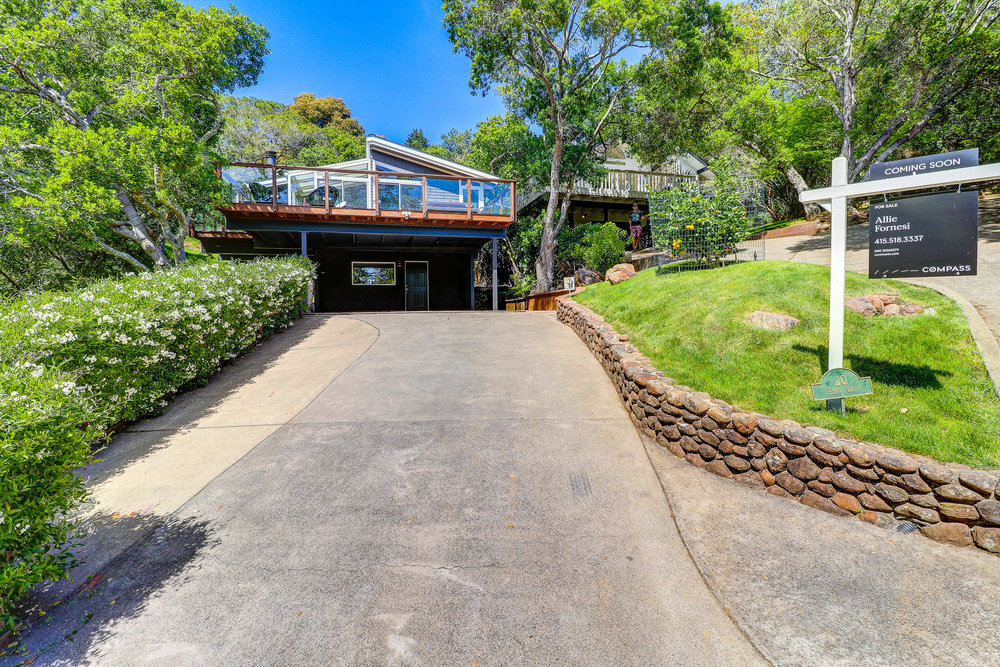 20 Fern Way, Mill Valley's Top Realtor - 3- Listed by Allie Fornesi - Own Marin with Compass Real Estate.jpg