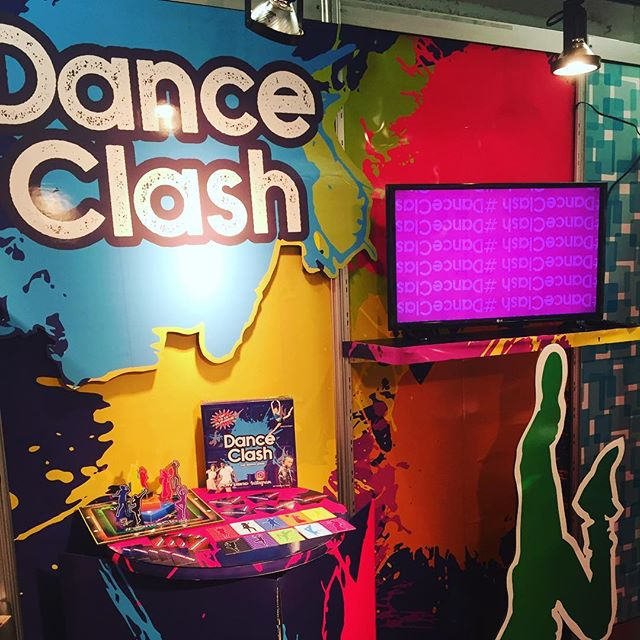 #DanceClash