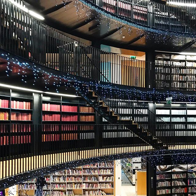 #Libraries. We need more of these in our public spaces— @libraryofbham was a project that wasn't short of controversy, but IMHO they've done a fantastic job creating a space to allow members of the community from all walks of life to interact, explore all types of literature, support each other, and share ideas. It was a delight visiting this place 📚