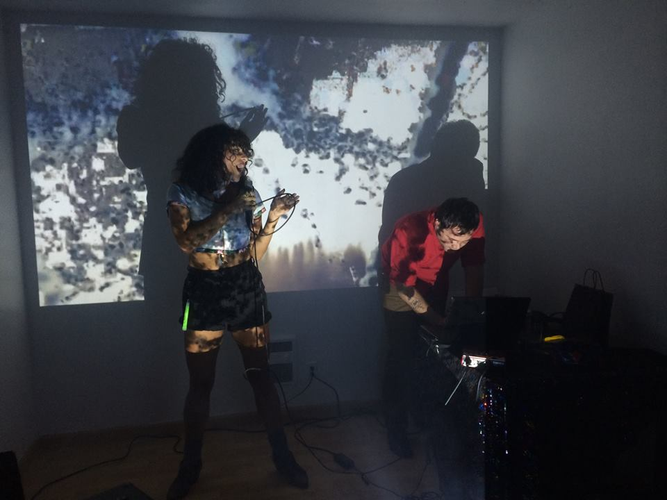 ChuCha Santamaria y Usted Performance