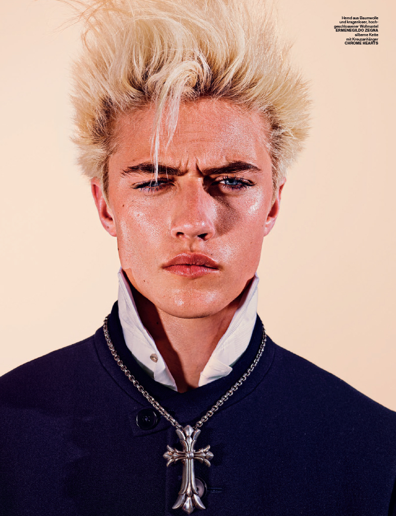 Lucky-Blue-Smith-Numero-Homme-Berlin-2015-Billy-Idol-Editorial-Shoot-002.jpg