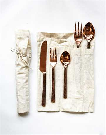 HAND-FORGED FLATWARE
