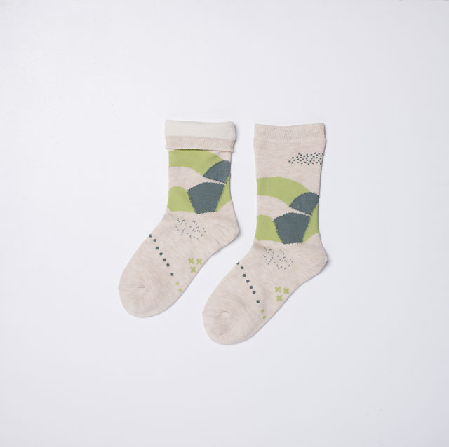 SILK LINED GREEN PASTURES PRINT SOCKS